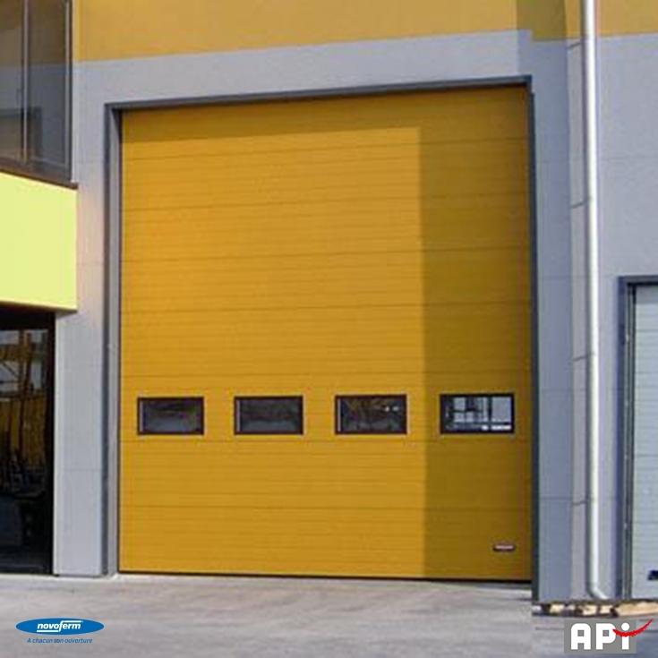 Porte sectionnelle industrielle novoferm api 44 portail motorisation porte de garage - Porte sectionnelle industrielle occasion ...